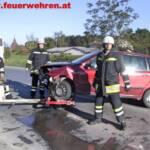 PKW mit Feuerwehrmänner