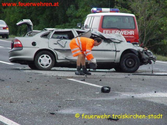 Schwerer Verkehrsunfall auf der A2
