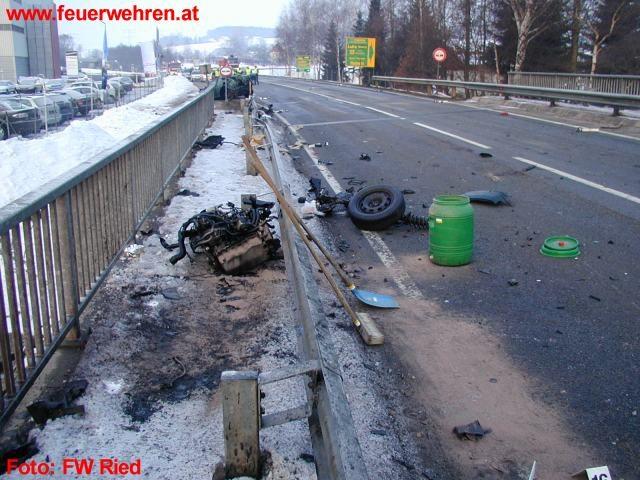 Schwerer Verkehrsunfall bei Ried