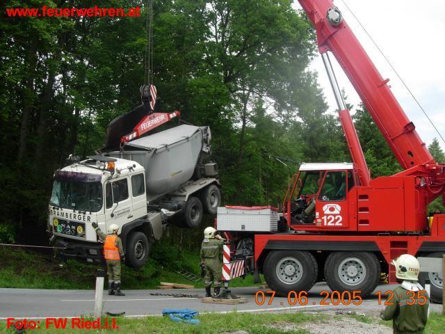 LKW Unfall in Ranshofen, Bez Braunau 1