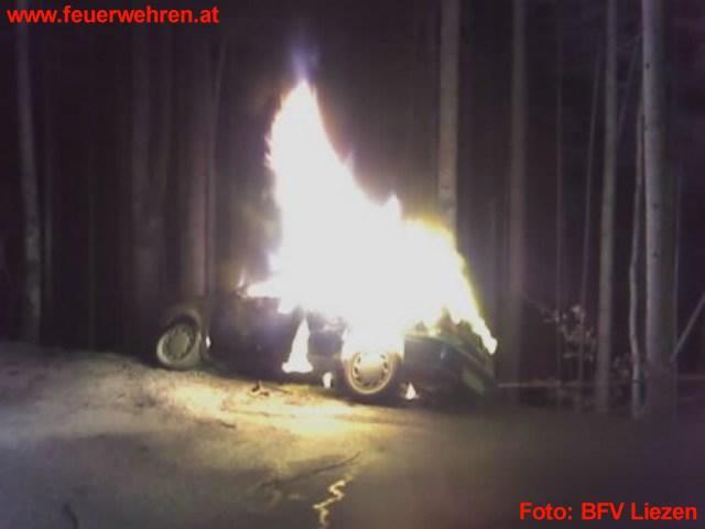 Fahrzeugbrand in Obertressen