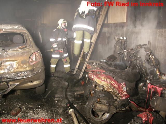 KFZ-Werkstättenbrand