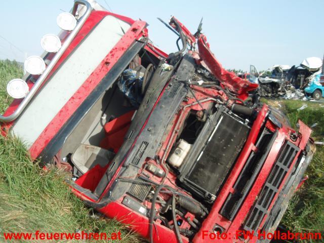 Verkehrsunfall auf Horner Bundesstrasse