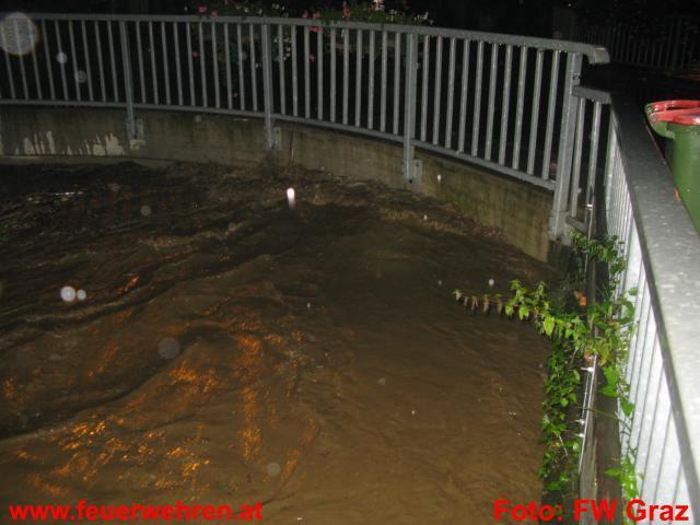 Hochwassereinsatz in Graz-Andritz unter Kontrolle
