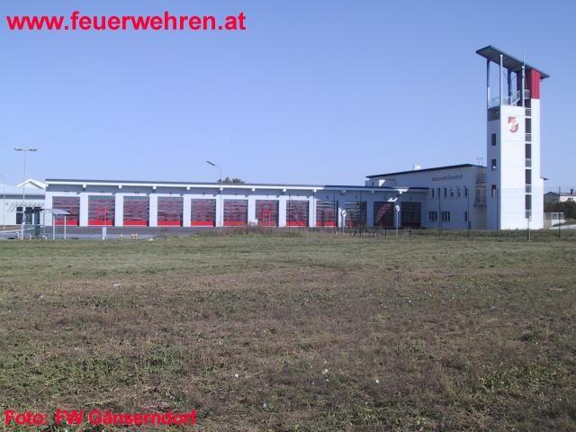 Einsatzbetrieb im neuen Feuerwehrhaus