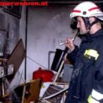 Feuerwehrmann im Keller