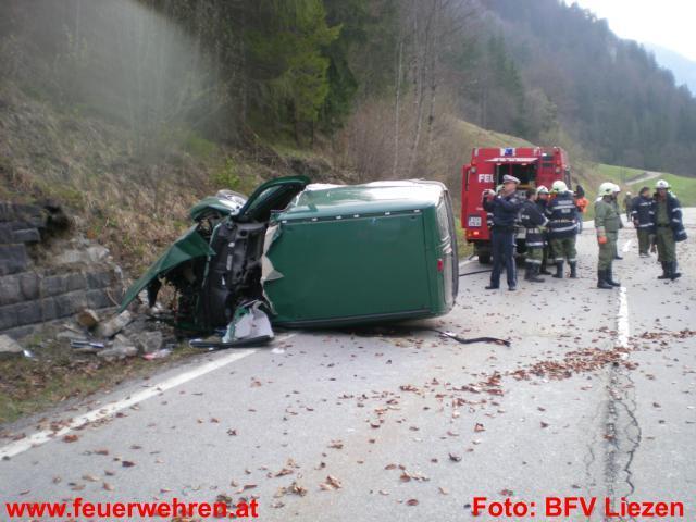 Schwerer Verkehrsunfall in Palfau