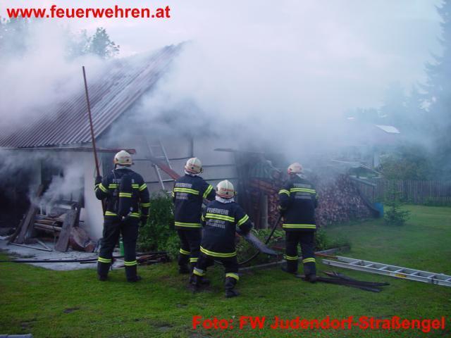 Wirtschaftsgebäudebrand in der Plankenwartherstraße