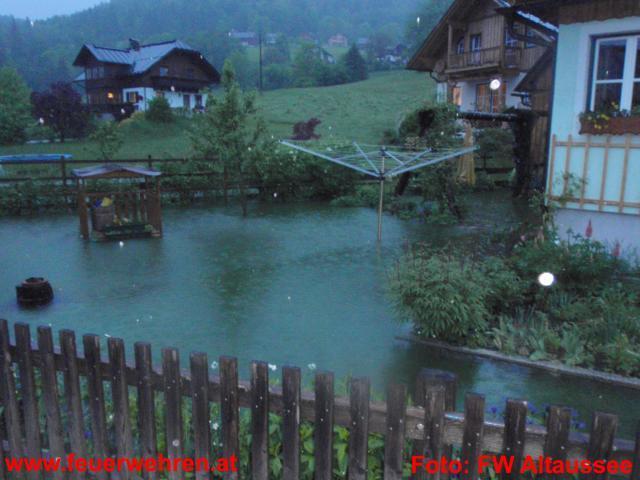 15 Feuerwehren mit 350 Mann bei rund 50 Hochwassereinsätzen im Bezirk Liezen