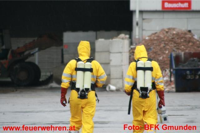 Brandeinsatz in Pinsdorfer Recyclingunternehmen