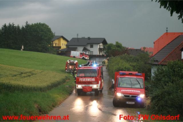 Mehrere Wohnhausanlagen in Ohlsdorf von Starkregen überflutet