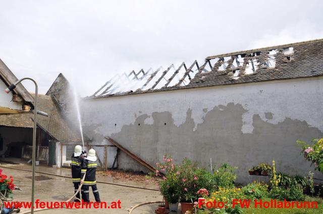 Blitzschlag - Alarm für 9 Feuerwehren