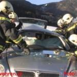 Schwerer Verkehrsunfall fordert 2 Schwer- und 3 Leichtverletzte