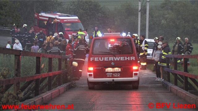 St. Lorenzen: Schnellzug mit 220 Passagieren entgleist: 11 Verletzte