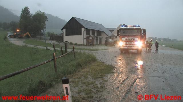 40 Feuerwehren bei Unwetterkatastrophe im Einsatz
