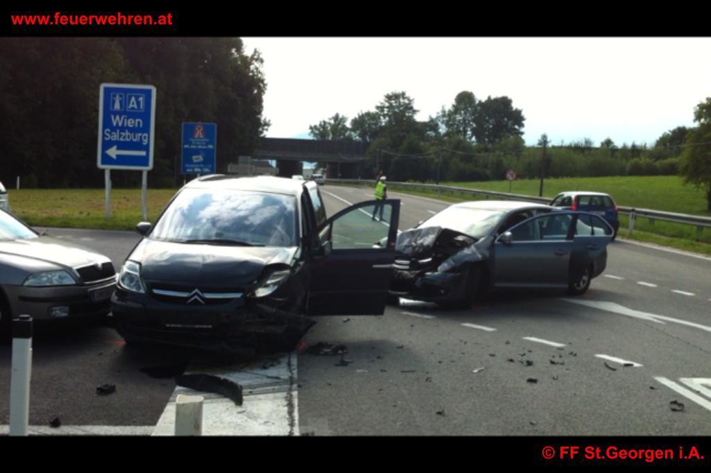 Verkehrsunfall St. Georgen im Attergau