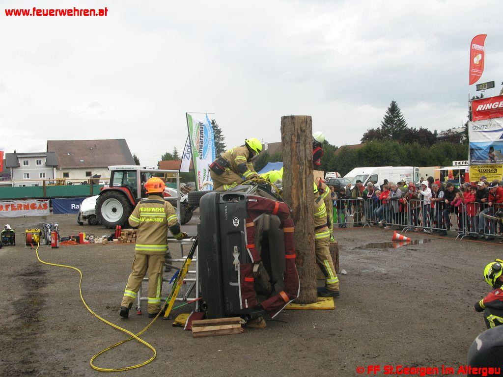 Technischer Hilfeleistungstag 2012