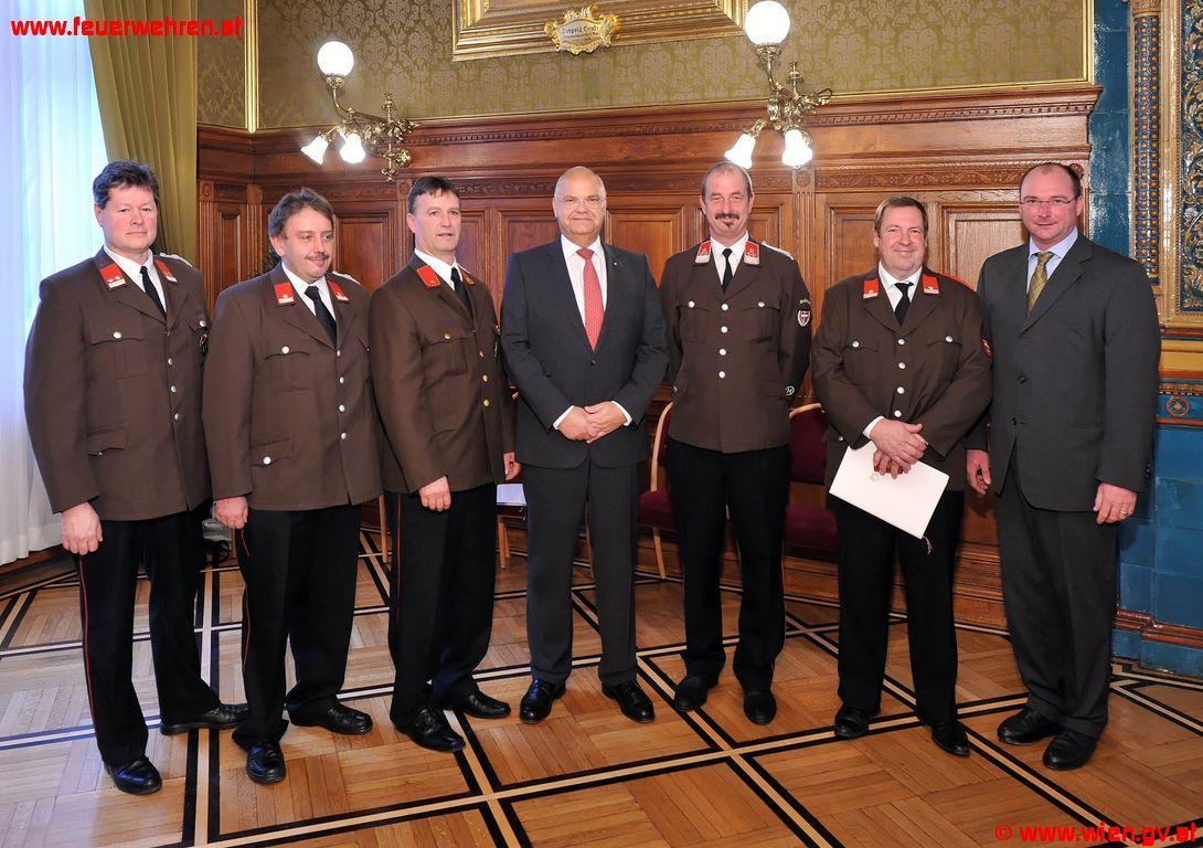 Silber und Bronze für Mitglieder der Freiwilligen Feuerwehr Breitenlee