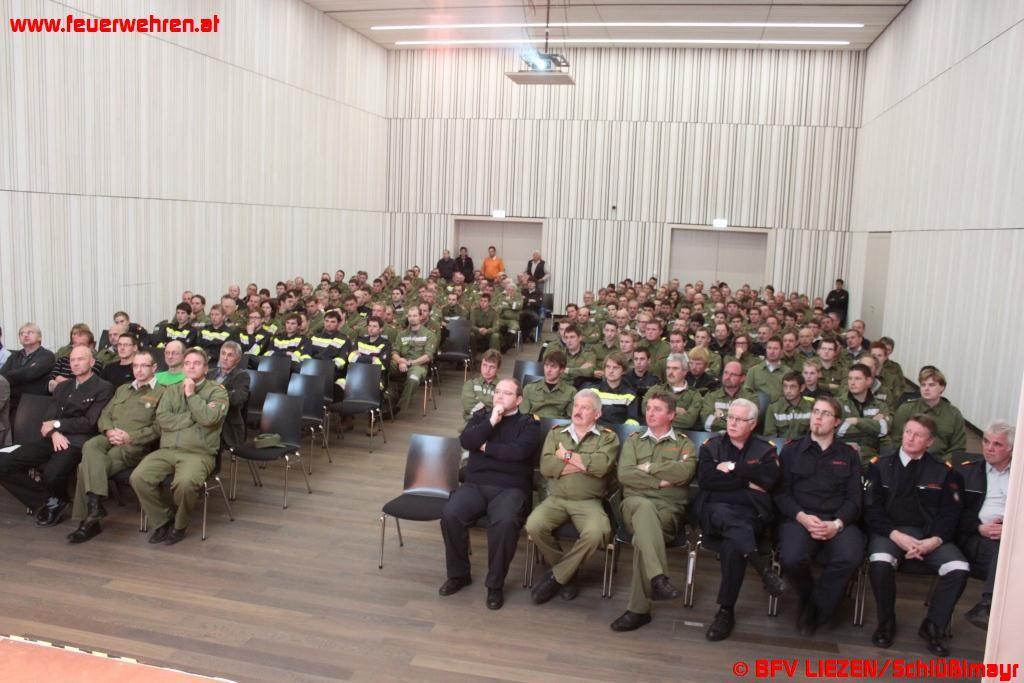 """""""Spannungsgeladener"""" Abschnittetag mit 24 Feuerwehren"""