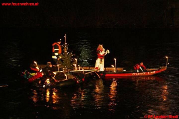 Weihnachtsschwimmen 2012 der FF Leoben-Stadt