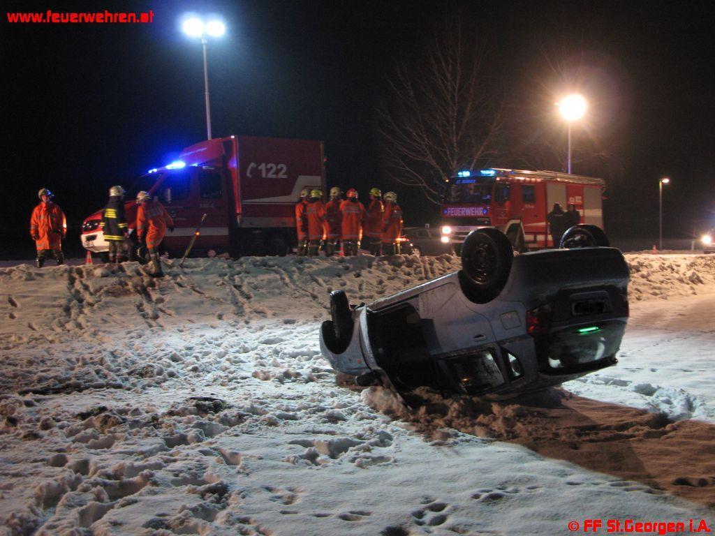 Verkehrsunfall im Schneetreiben