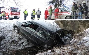 BFVDL: Verkehrsunfall am Silvestertag
