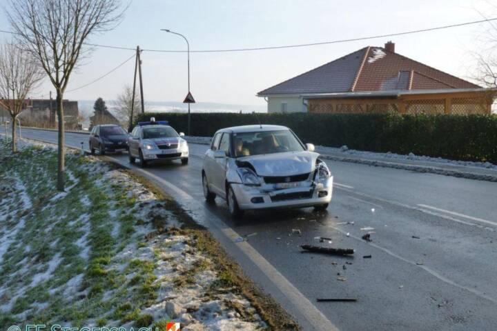 FF Stegersbach: Verkehrsunfall Grazer Straße 1