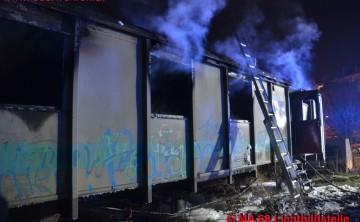 BF Wien: Zwei Menschen sterben beim Brand eines Waggons
