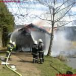 Brennende Fischerhütte