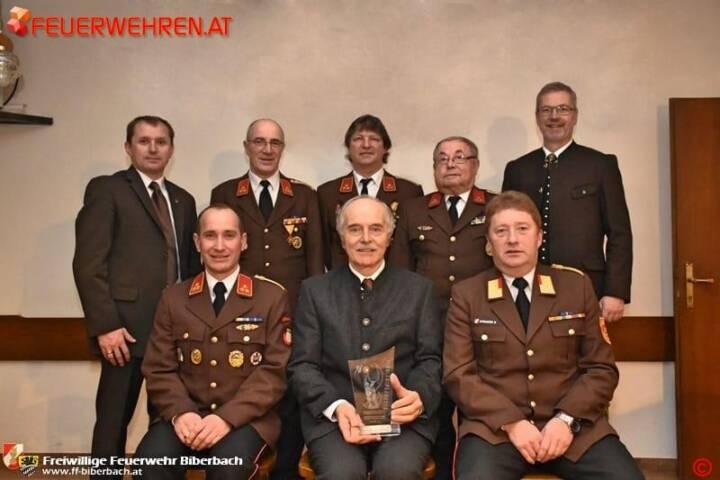 FF Biberbach: Langjähriger Unterstützer bei Mitgliederversammlung geehrt 1