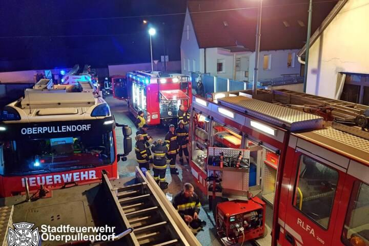 Stadtfeuerwehr Oberpullendorf: Zimmerbrand Einfamilienwohnhaus Neutal 1