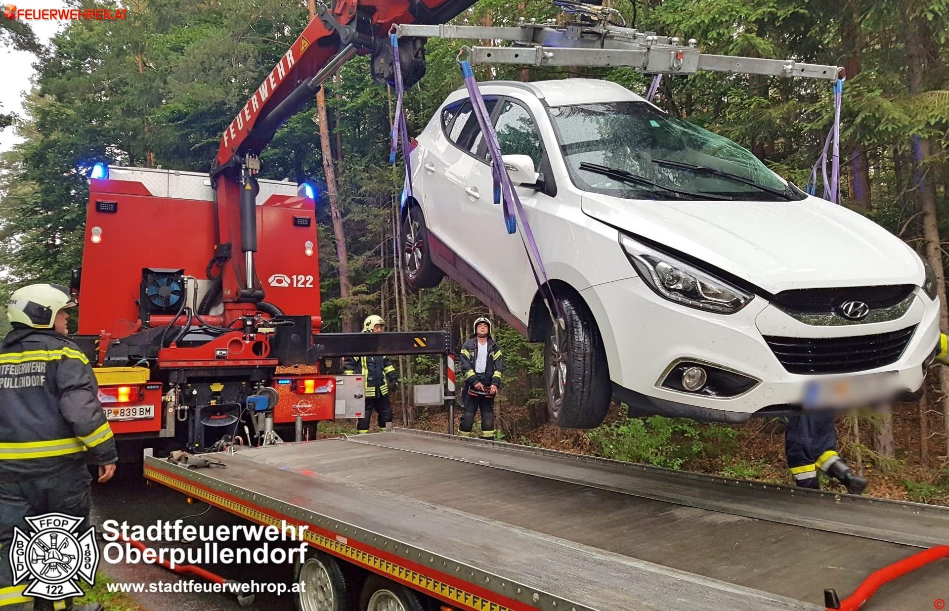STF Oberpullendorf: Fahrzeugbergung nach Verkehrsunfall 1