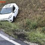 FF Gaweinstal: Pkw im Straßengraben - A5-Nordautobahn 6