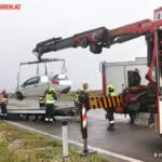 FF Gaweinstal: Pkw im Straßengraben - A5-Nordautobahn 5