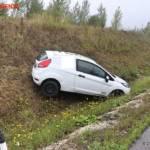 FF Gaweinstal: Pkw im Straßengraben - A5-Nordautobahn 4