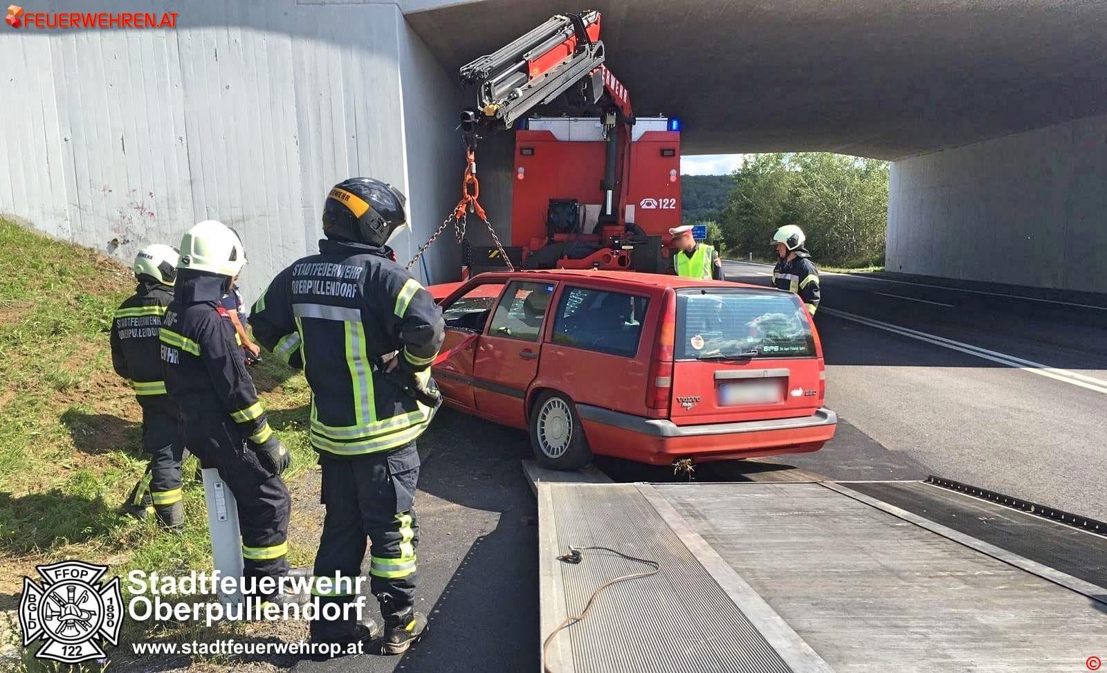 STF Oberpullendorf: Fahrzeugbergungen auf der S31 1