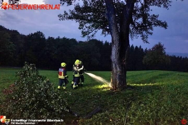 FF Biberbach: Blitzeinschlag löste Feuerwehreinsatz aus 1