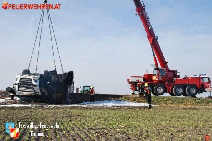 FF Trumau: Verkehrsunfall auf der L156 1