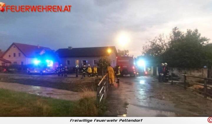 FF Pettendorf: Unwettereinsätze in Niederrußbach 1
