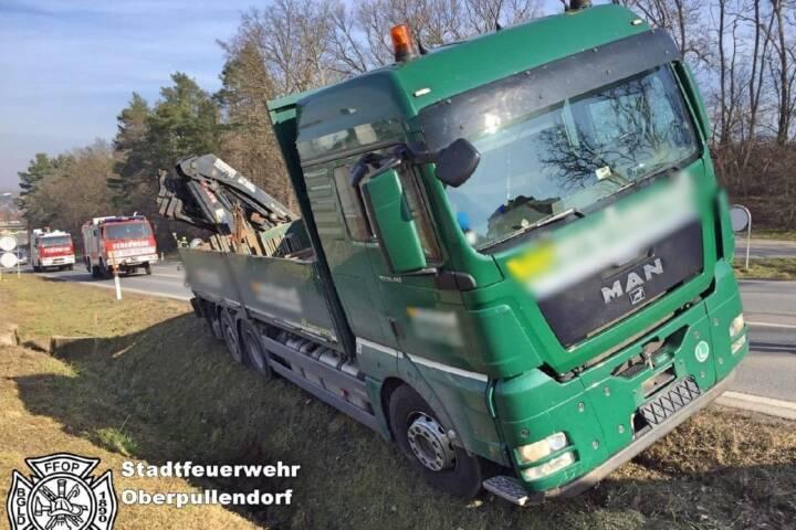 STF Oberpullendorf: LKW Bergung B50 1