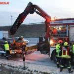 FF Gaweinstal: Fahrzeugbergung auf der A5 9