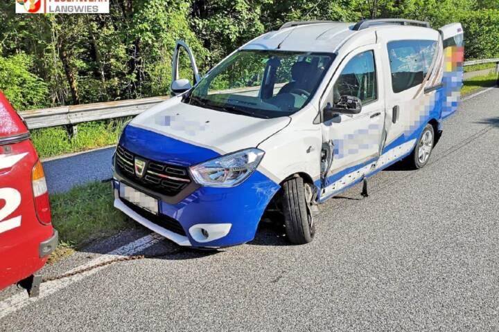 FF Langwies: Verkehrsunfall auf der B145 1