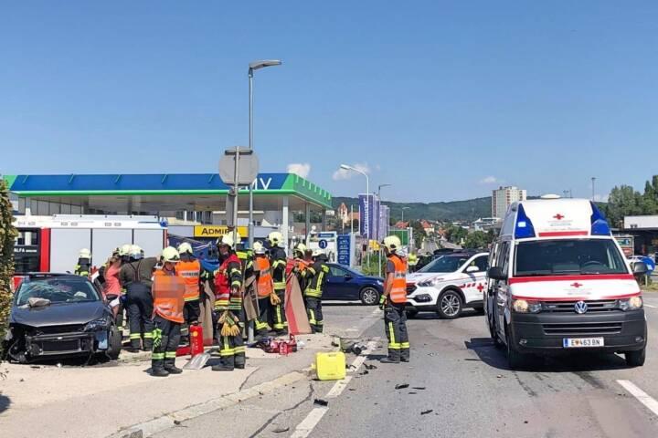 Verkehrsunfall mit Rettung