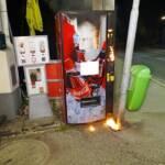 Getränkeautomat in Brand