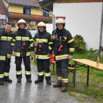 Feuerwehrmänner nach gelöschtem Brand