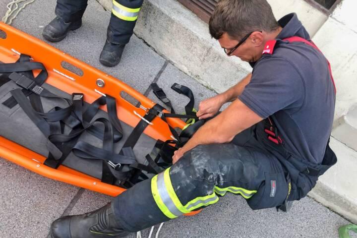 FF Klosterneuburg: 230 Kg schwerer Mann gerettet 2