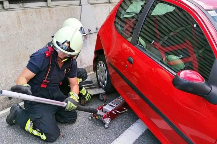 FF Klosterneuburg: Verkehrsunfall mit Personenschaden auf der Umfahrung 1