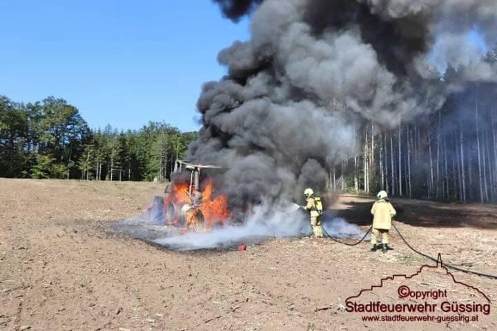 Traktorbrand Nähe Gutsverwaltung Jagdhaus Punitz Haselgraben