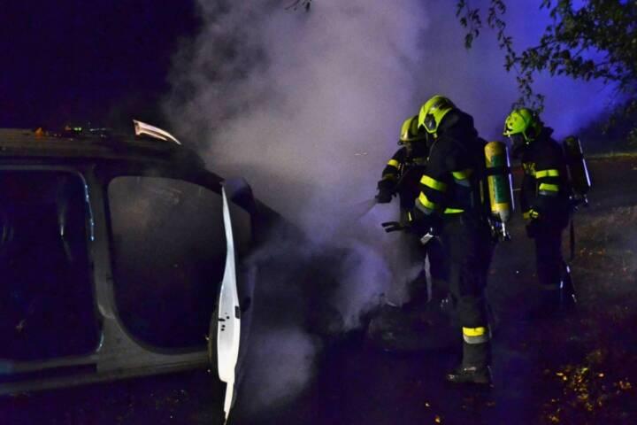 Fahrzeugbrand auf der Landesstraße