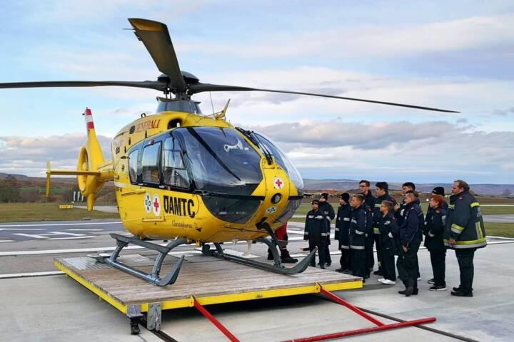 Feuerwehrjugend besucht Christophorus 2 Stützpunkt